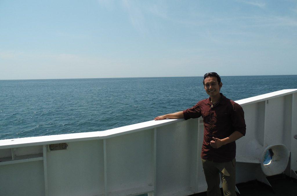 Alumno del Departamento de Geología de la UDA investiga montes submarinos y participa en expedición científica en el océano